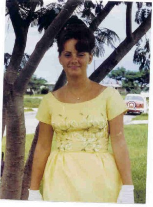 1965 August Nancy small size